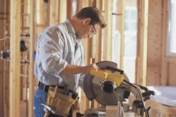 Why You Might Need a Compound Miter Saw